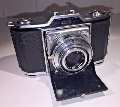 Zeiss Ikon Ikonta 35 Model 522/24 with Tessar 45mm f2.8 lens & case, late-1940s