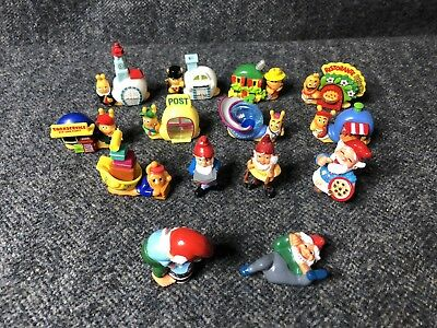 Mixed Lot of Ferrero Kinder Surprise Stationary Snail Town and Gnome Figures