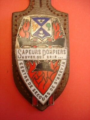 Joli Ancien Rare(Obsolete) Insigne Collection Pompiers    Saint   Brevin