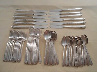 "Wm Rogers & Son ""exquisite"" Silver Plated Grille Set - Service For 12"