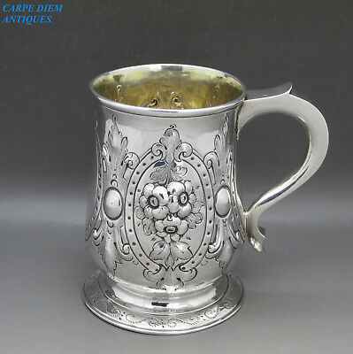 ANTIQUE GEORGE II SUPERB EMBOSSED SOLID SILVER PINT TANKARD 329g NEWCASTLE 1759