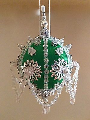 Icy Emerald - Satin beaded Christmas ornament kit