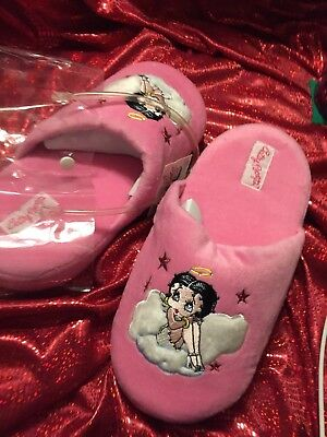 New Betty Boop Size Large Bedroom Shoes
