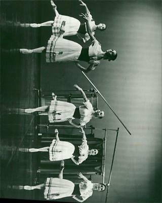 Dancers of the Alexander Roy London Ballet in Norwich. - Vintage photo