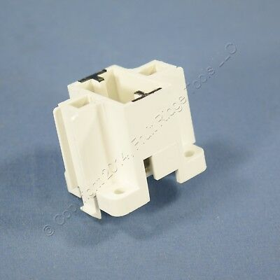 New Leviton Compact Fluorescent Lamp Holder Light Socket GX23 Snap-In 26720-500