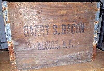 Rare GARRY S. BACON Albion NY Wooden Soda Bottle Crate Box  Old