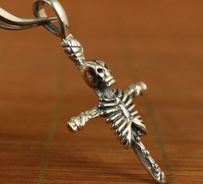 100% 925 Fine Silver Old Hand Carved skull cross Statue Pendant Hang widget gift