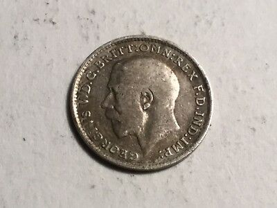 GREAT BRITAIN 1916 three pence small silver coin nice condition