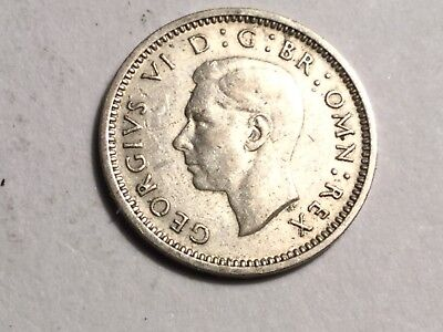 GREAT BRITAIN 1940 threepence small silver coin Very nice condition