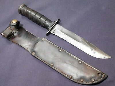 WWII US Marine Corps USMC Camillus Fighting Knife Guard Marked Bowie