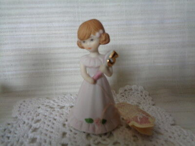 Enesco Growing Up Birthday Girls Ceramic Figurine Age 5 - With Tag