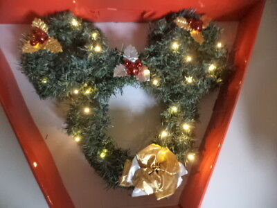 Disney Mickey Mouse Lighted Wreath