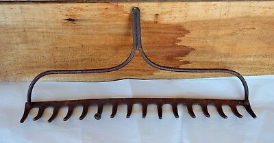Vintage Large Rusty 16 Tine Metal Garden Rake Head Re-Purpose