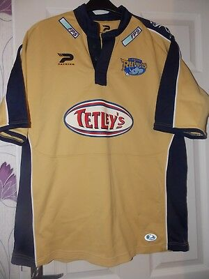 Patrick Vintage Leeds Rhinos Away  2005 Shirt size on tag 2XL App 48 in chest