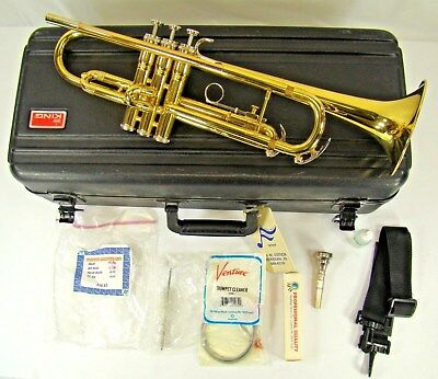 Vintage King Trumpet Model 600 #767289 W/ King 7C Mouthpiece, Case, & More