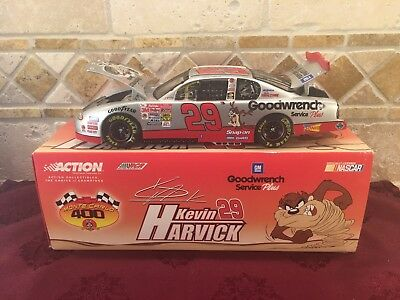 Nascar Kevin Harvick 2001 #29 Gm Goodwrench Plus Looney Tunes Car 1:24 Scale New