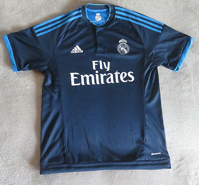 (63) Real Madrid-Trikot - Champions League-Trikot - 2015/2016 - Adidas - Größe M