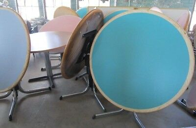 Round And Square Tables