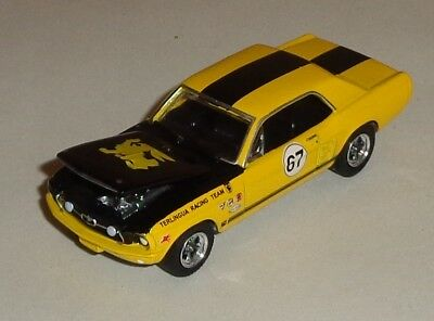GREENLIGHT YELLOW 1967 Ford Mustang Terlingua Racing Team EC 1/64 scale