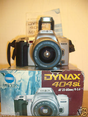 BOXED MINOLTA DYNAX 404si 35MM FILM SLR CAMERA WITH MINOLTA 35-80MM LENS (MM23)