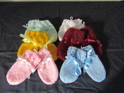 New Hand Knitted Baby Mittens Various Colours 0-3 Or 3-6 Months.
