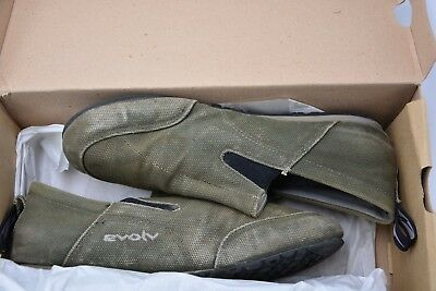 Evolv cruzer slip on mens size 7.5 olive green used