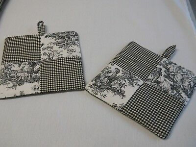 New~Waverly Black Rustic Toile/gingham Ck Reversible Square Set Of  Potholders!