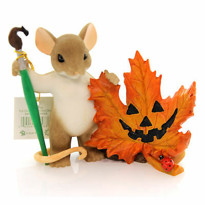 Charming Tails LEAVE A SMILE WHEREVER YOUR GO Resin Halloween Pumpkin 4046778