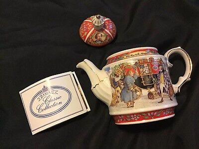 Jame Sadler Charles Dickens Pickwick Papers Porcelain China Teapot Made England