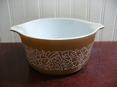 Vintage Pyrex Woodland Brown Glass 1 Quart Handled Baking Dish NO Cover