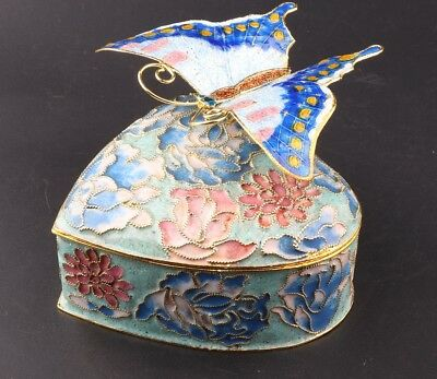 China Rare Cloisonne Enamel Pinch Silk Hand Carving Butterfly Statue Jewelry Box