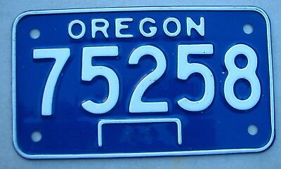 """Excellent Condition  1968 Oregon Motorcycle Cycle License Plate """" 75258 """"  Or 68"""