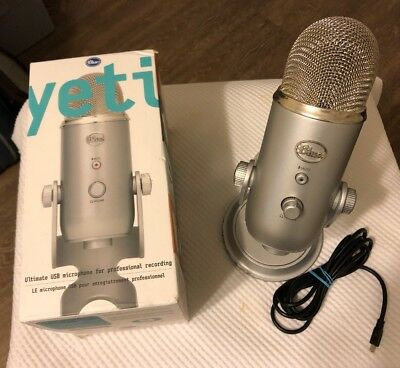 Blue Microphones Yeti USB Wired Condenser Microphone - Silver.....FREE S&H!!!