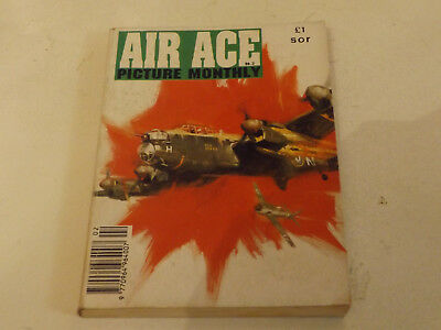 AIR ACE PICTURE LIBRARY,NO 02,1992 ISSUE,V GOOD FOR AGE,26 yrs old,V RARE COMIC.