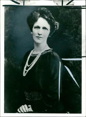 Nancy viscounter astor. - Vintage photo
