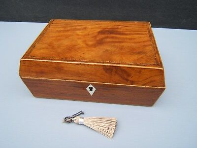Lovely Georgian Figured Mahogany Inlaid Antique Jewellery Box - Fab Interior