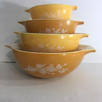 Vintage Pyrex Butterfly Gold 4 Cinderella Nesting Mixing Bowls 441 442 443 444