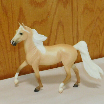 "Breyer Reeves Classic Horse~Morgan Stallion 9""x7"""
