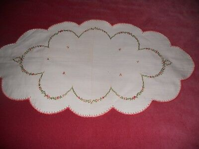 """Vintage? UNUSED cream cotton large 27"""" x 14.5 oval DOILY hand embroidered floral"""