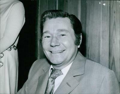 A smiling photo of Reg Varney. June 21, 1971. - Vintage photo