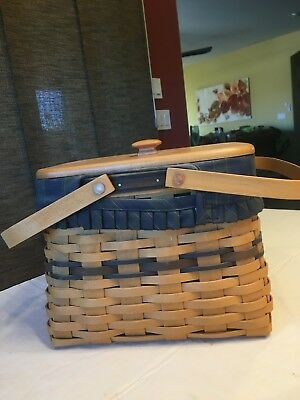 Longaberger 1998 Collectors Club Harbor Basket w/Liners and lid