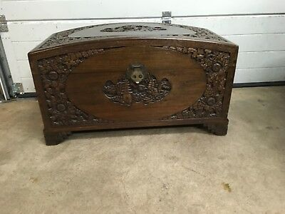 Oriental Chinese Carved Camphor Wood Large Chest/Trunk/Blanket Box