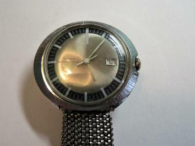 VINTAGE RETRO TIMEX SWISS MADE HAND WIND MENS WRIST WATCH c1970's - Working!