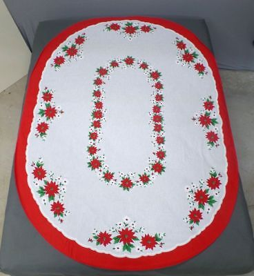 Christmas Printed Oval Poinsettias Tablecloth 60 x 80  EXCELLENT  Red & Green