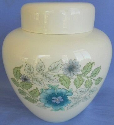 Wedgwood Ginger Jar And Cover Decorated In The ' Clementine ' Pattern. V Fine