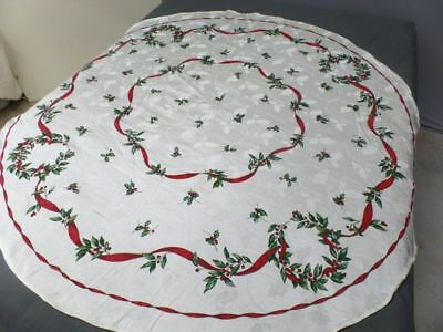 "Christmas 68"" Round Damask Wreath Tablecloth EXCELLENT Condition Red Green Holly"