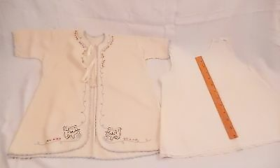 BEAUTIFUL ANTIQUE BABY JACKET EMBROIDERED w KITTENS & BLUE TRIM PLUS COTTON SLIP