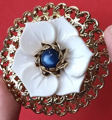 Vintage Gold Brooch Pin Estate Flower Antique Floral Bakelite Catseye Gemstone