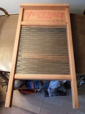 Vintage National Chicago,saginaw,memphis No. 512 Glass Washboard