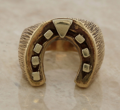 Vintage Horseshoe Heavy Signet Ring 9ct Yellow Gold Size V